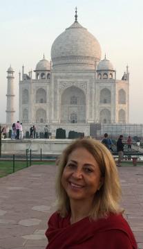 benny at the Taj Mahal